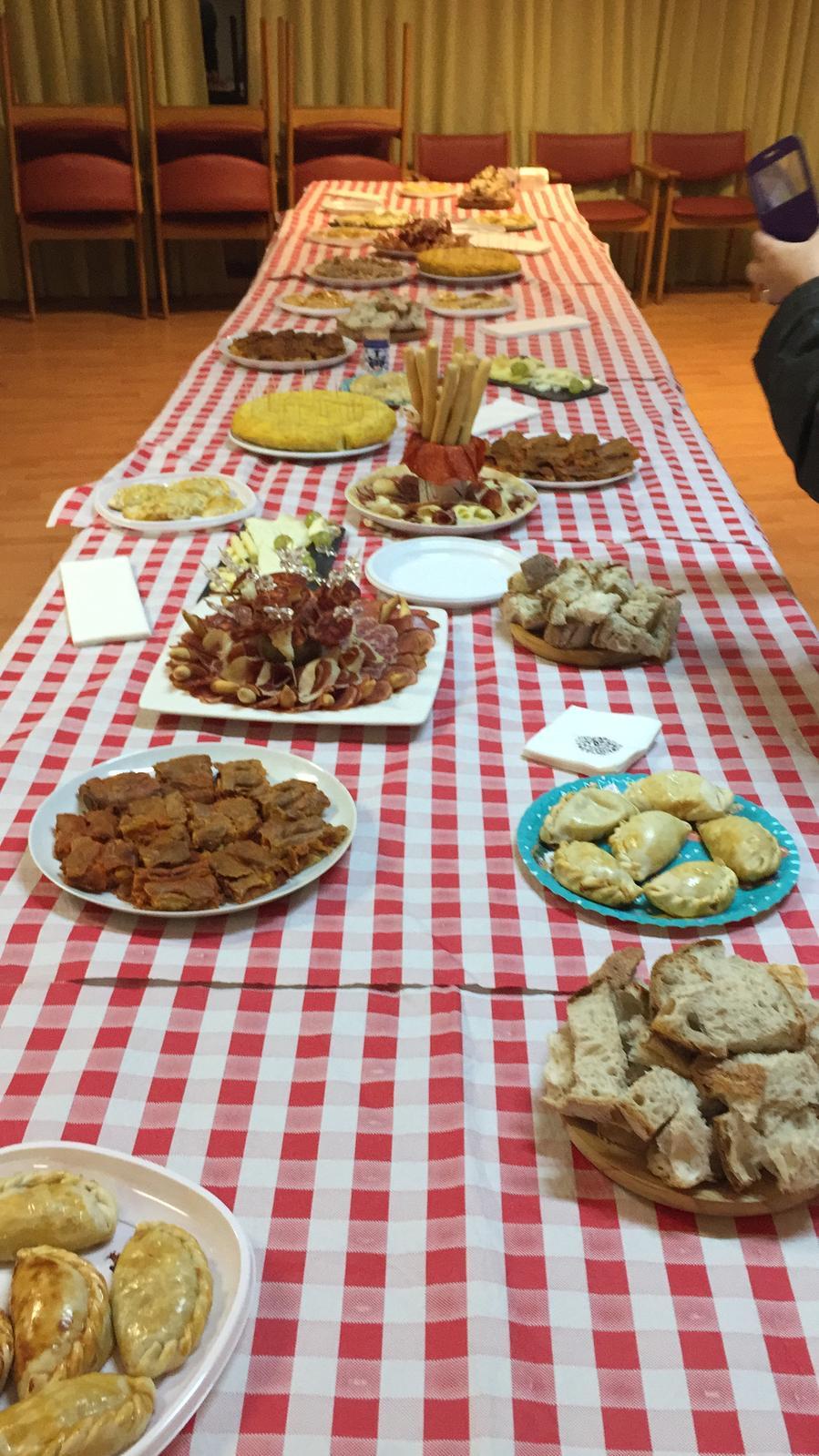 Cena de los voluntarios de Caritas