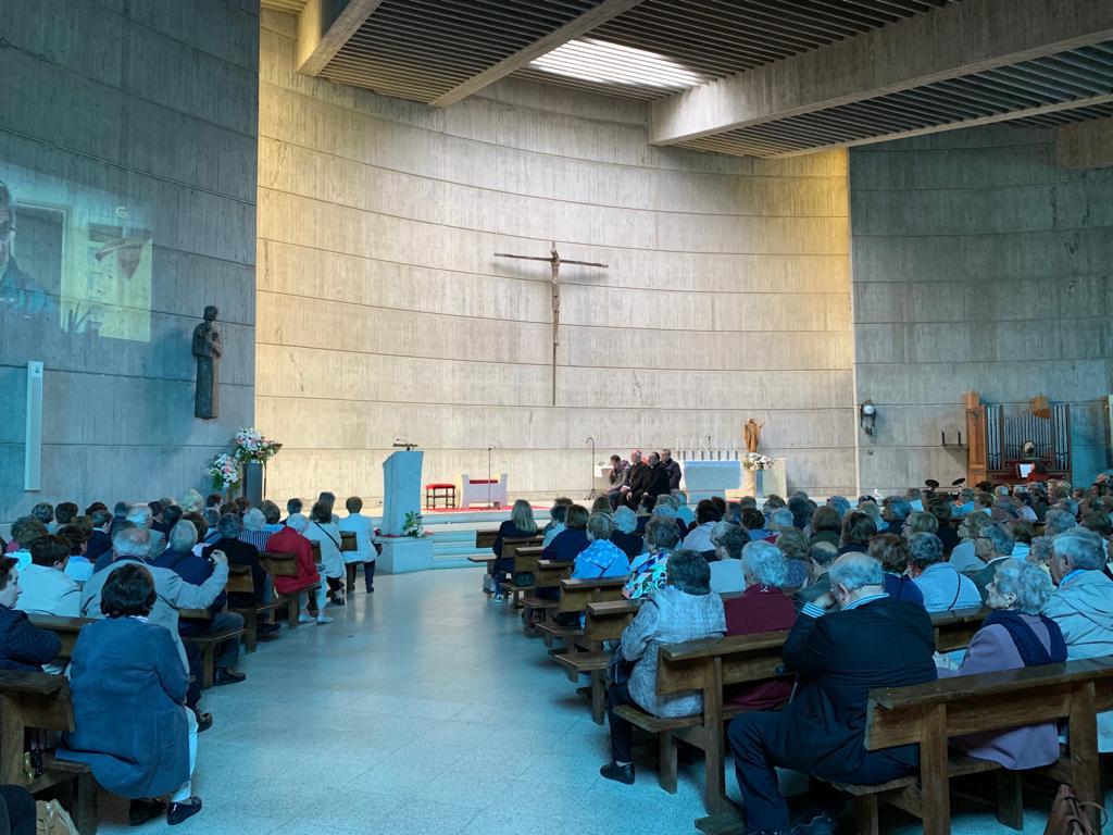 Mons. Julián Barrio preside la clausura del Curso Interdiocesano de Vida Ascendente