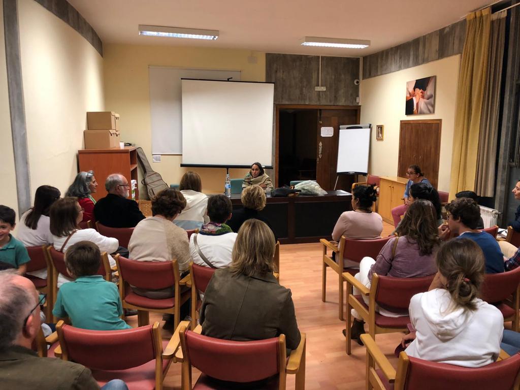 Testimonio de María de Himalaya en Santa Cruz