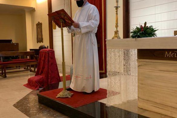 Don Julián dirige un retiro de candidatos al Diaconado permanente y preside la Eucaristía en la que se instituyó un nuevo acólito
